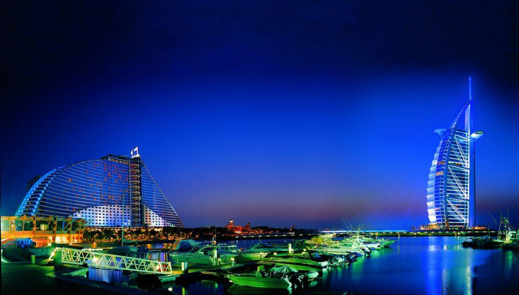 Burj al arab data photos plans wikiarquitectura for Burj al arab per night